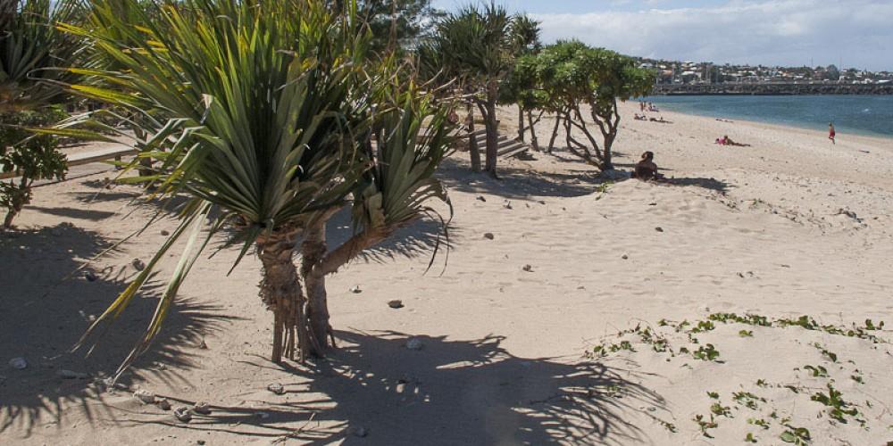 Le sable disparait de la plage de Saint-Pierre !